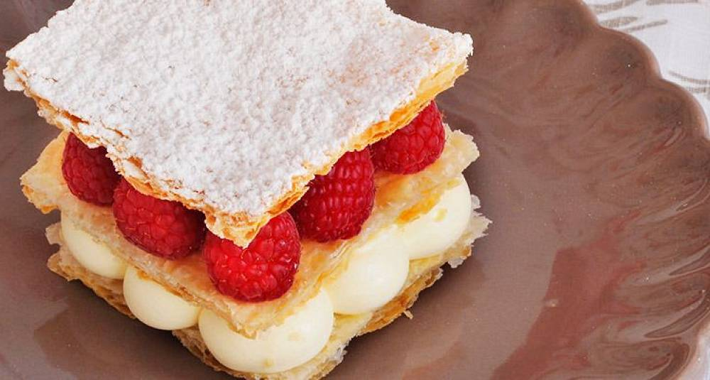 Bak en sommerlig napoleonskake