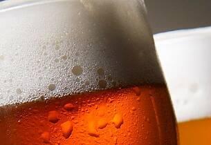 7 av 10 nordmenn handler øl i utlandet