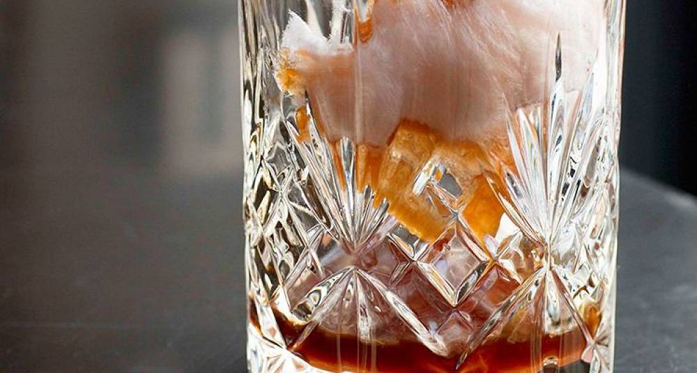 Med denne drinken kan du slutte å røyke tvert