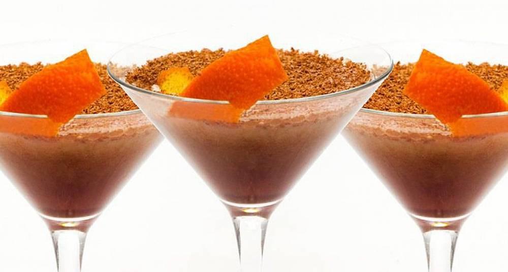 Kremet sjokoladedrøm av en cocktail