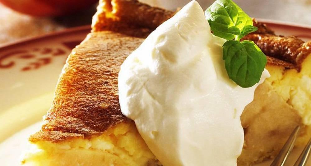 Liker du eple- eller ostekake, får du begge deler her