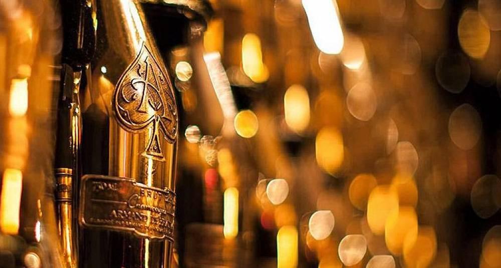 Jay-Z kjøper champagnemerke