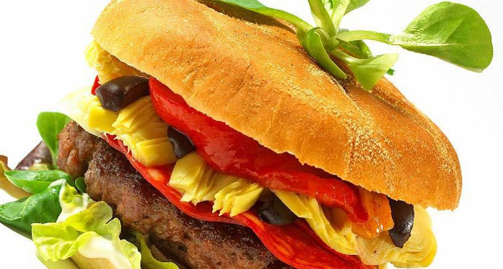 Prøv en spansk vri på burgeren i kveld