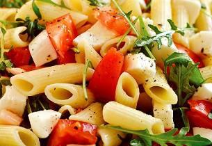 Pastasalat med mozzarella