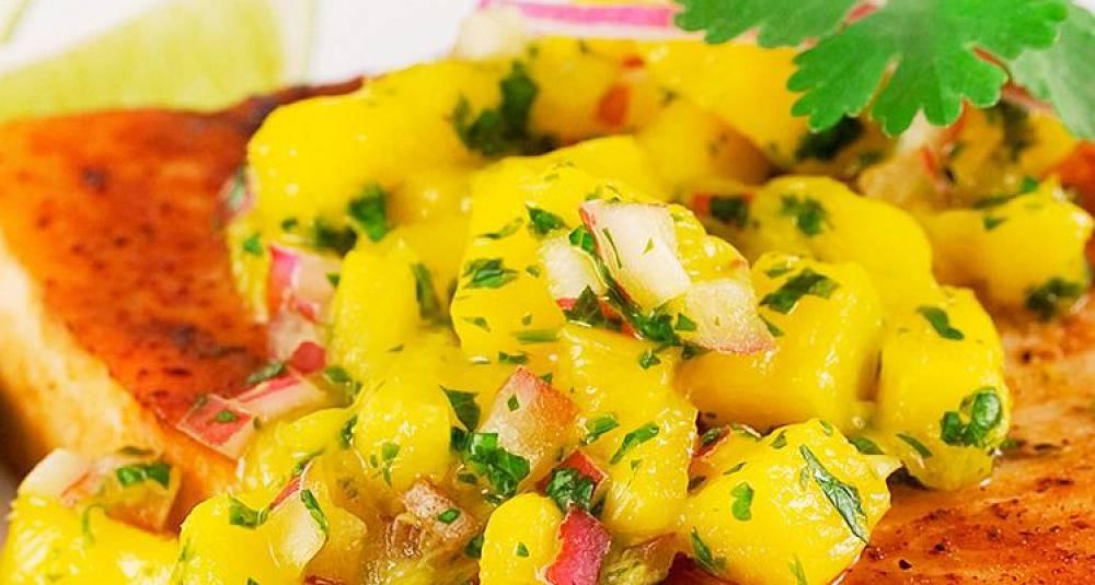 Grillet fisk med mangosalsa og couscous