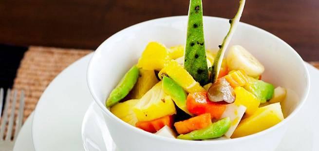 Avocado- og ananassalat