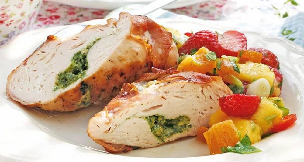 Kyllingfilet med jordbær- og mangosalsa