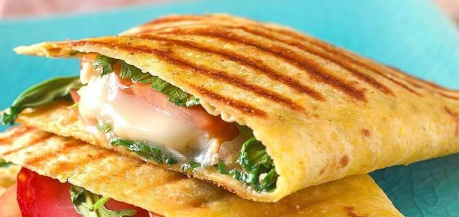 Grillet quesedilla med chorizo