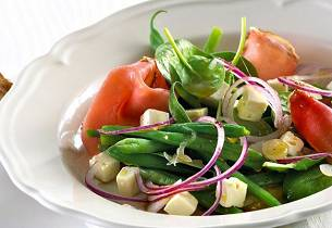 Spinatsalat med skinke og fetaost
