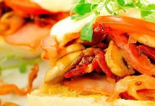 Snaddersandwich med sopp og bacon
