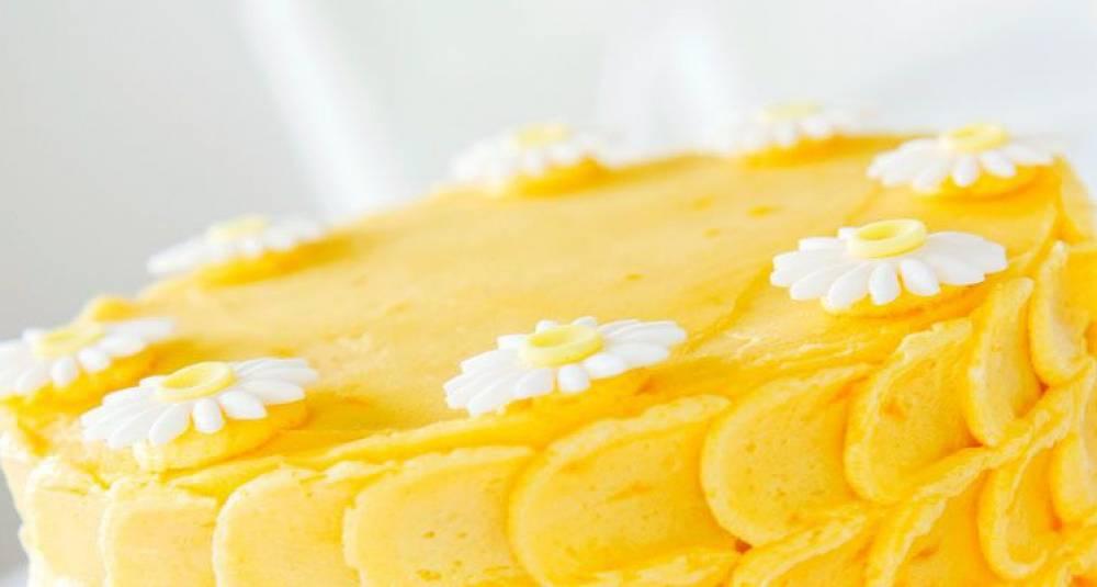 Slik baker du sitronkake