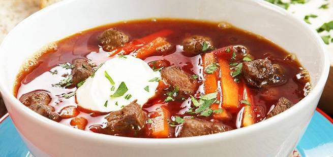 Borsj - russisk rødbetesuppe med lam