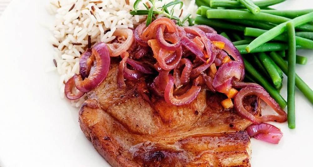 Koteletter med rødløksmarmelade