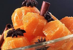 Fruktsalat med krydrede klementiner