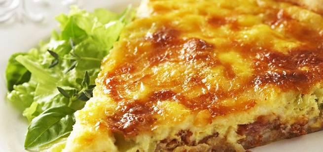 Fransk quiche med ost og kalkun