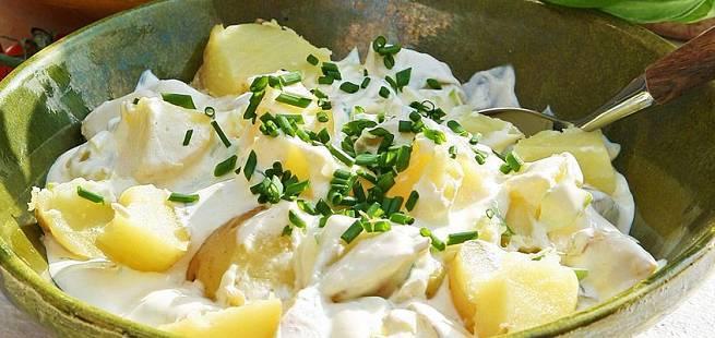 Potetsalat med yoghurt og frisk mynte