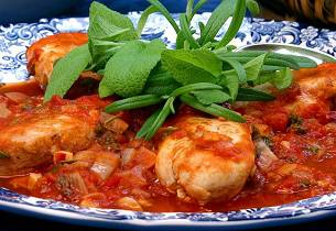 Salvie- og tomatkylling