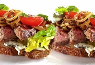 Italiensk biffsmørbrød med urtekrem