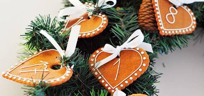 Adventskrans med pepperkaker