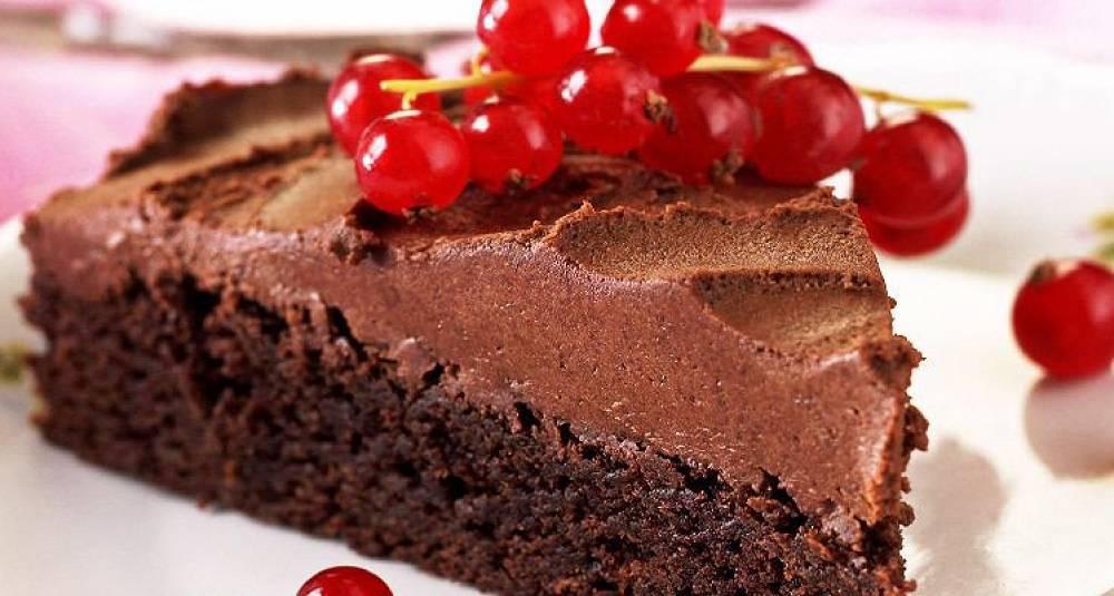 Mørk sjokolademoussekake