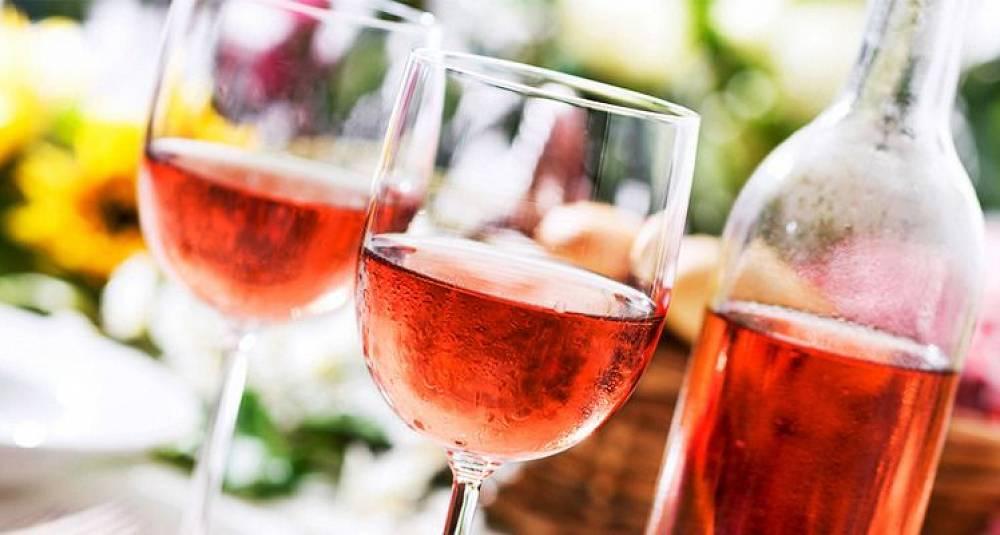 Kjempetest av roséviner
