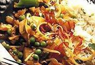 Fersk suppe med Livèche kyllinglår og rotgrønnsaker