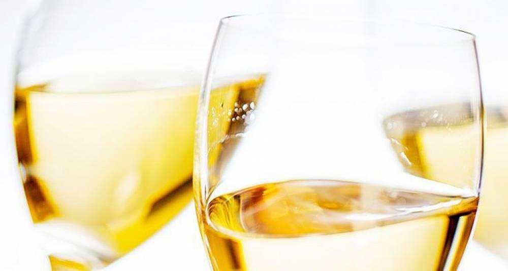 Denne sommeren er det du som blir vineksperten - Vinkurs 8. juni i Oslo