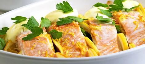 La laksemiddagen lage seg selv i ovnen