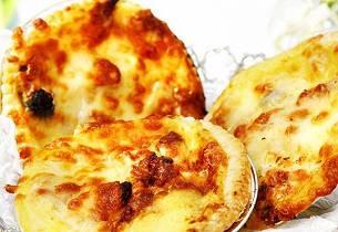 Kyllingpai med ost og bacon