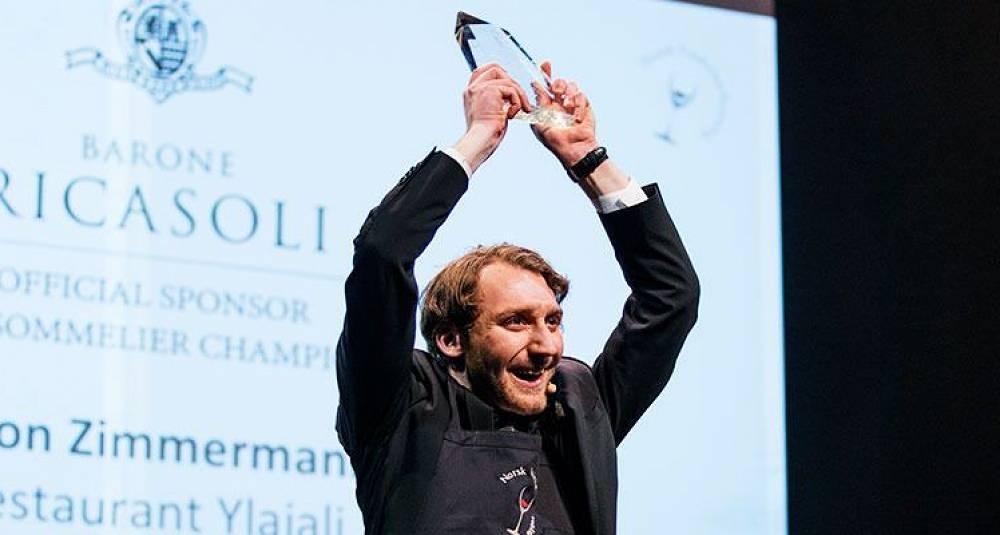 Norges beste vinkelner jobber på stjernerestauranten Ylajali