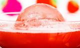Putt jordbærene i drinken