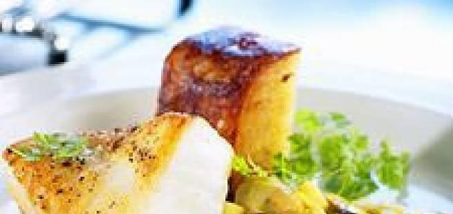 Steinbit med blåskjell- og epleragu