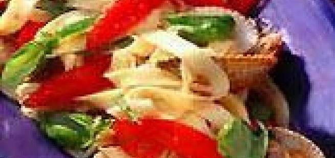 Hjerteskjell med pasta og tomater