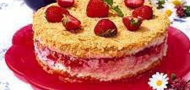 Frossen jordbær-ostekake