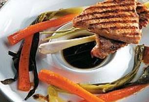 Marinert kalkunfilet med grillede grønnsaker og soyasaus