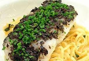 Torsk med tapenade og pasta