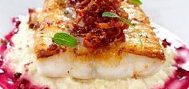 Steinbit med sprø skinke