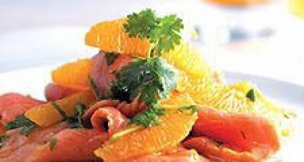 Juleølsmarinert laks med appelsin og basilikum