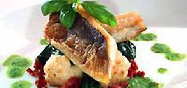 Stekt havabbor med ristet blomkål og spinatsaus