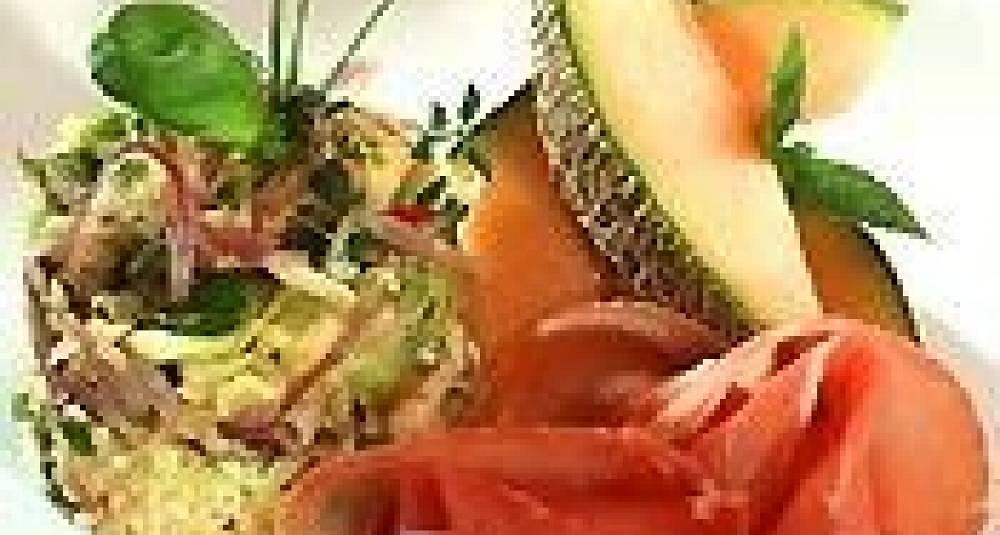Sommerkål med spekemat og Bulgur med tomat