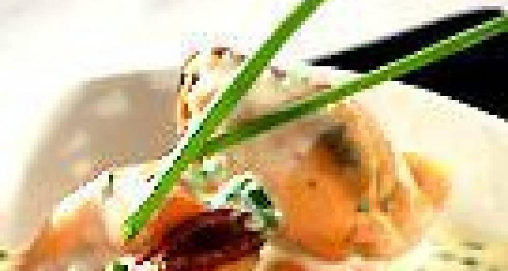 Jordskokkpure med røkt laks og blåskjellsaus