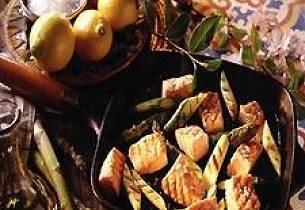 Laks og asparges