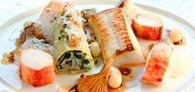 Cannelloni av Norsk Kongekrabbe servert med rosmarinstekt Norsk Kveite