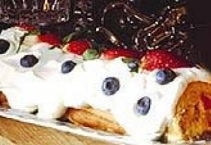 Nøtterullekake i rødt, hvitt og blått