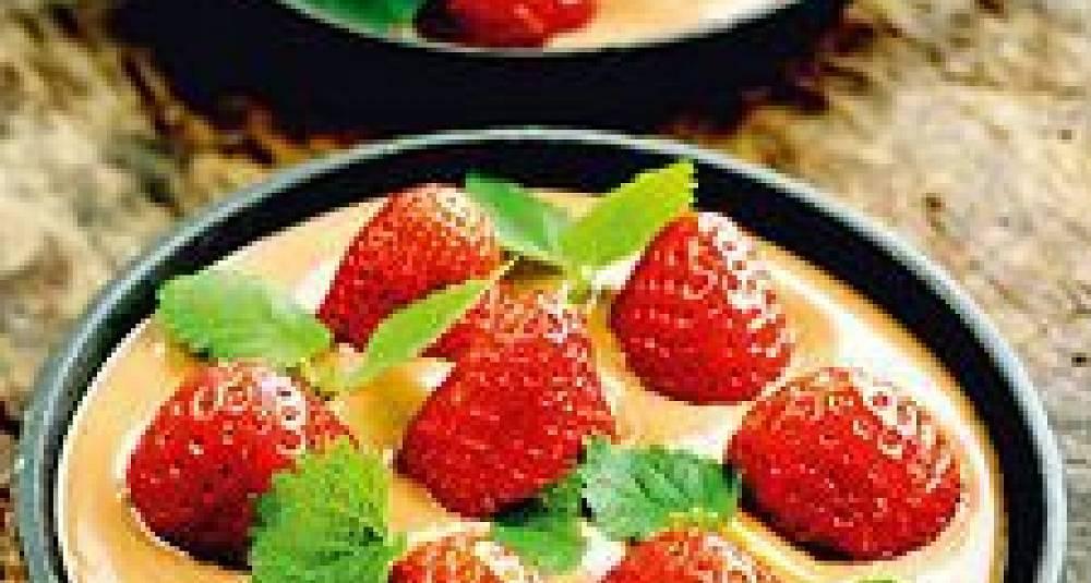 Jordbær med varm sjokoladerømme