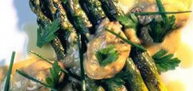 Østers i smørsaus med asparges