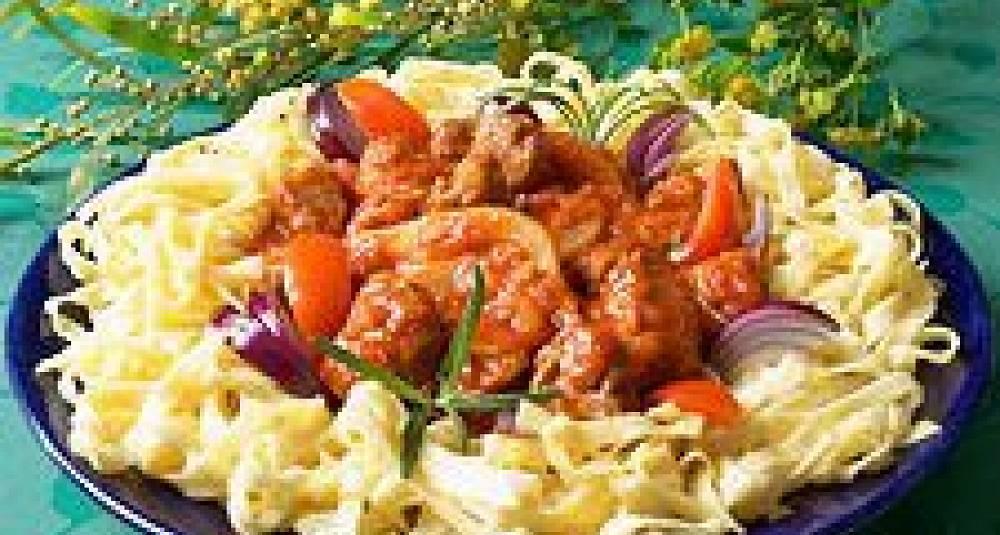 Her er oppskriften du må prøve med lammekjøtt, fennikel og tomat