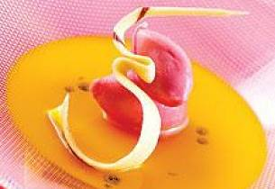 Appelsinsuppe med blodappelsinsorbet