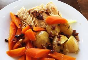 Lettsaltet torsk med gulrot og nøttesmør