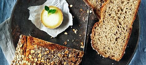 Å bake brød er fantastisk terapi som også gir stor belønning i form av god smak og en følelse av å lykkes